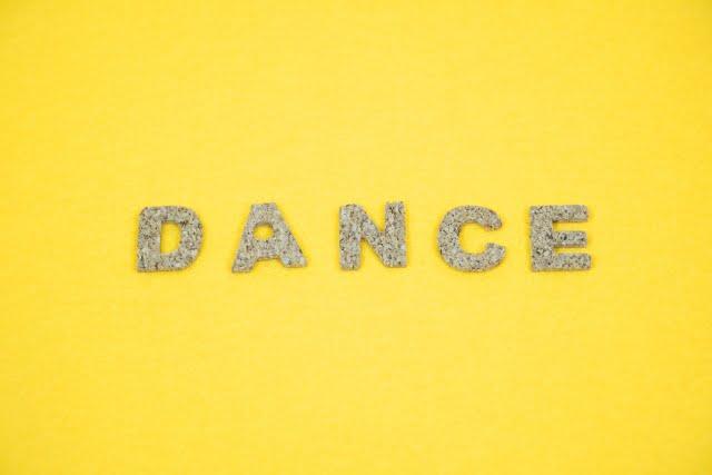 ダンス 文字